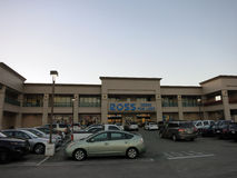 Ross Dress For Less Store et parking Photo libre de droits