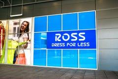 Ross suknia dla Mniej sklepu Obrazy Stock