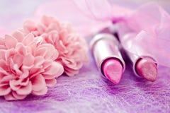 Rossetti di fascino e petali del fiore Fotografia Stock Libera da Diritti