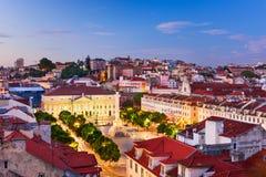 Rossio广场在里斯本 免版税库存照片