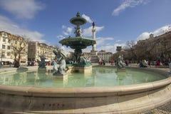 Rossio Lisbon fontanna na kwadracie Obrazy Royalty Free