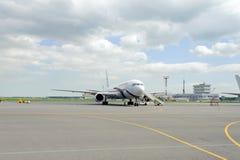 Rossiya航空公司喷气机飞行 免版税图库摄影