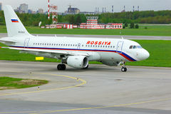 Rossiya Airlines Airbus A319-112 aircraft in Pulkovo International airport in Saint-Petersburg, Russia Stock Photography