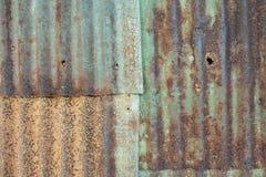 Rost på zinkväggtexturen Arkivfoton