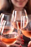 Rosta med Wine Arkivbilder