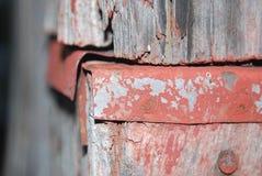 Rostad metall på en ladugård Arkivbilder