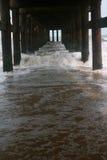 Rostad strandbro Arkivbild