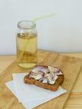 Rostade brödet och drinken Royaltyfri Fotografi