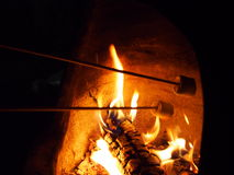 rostade marshmallows arkivbilder