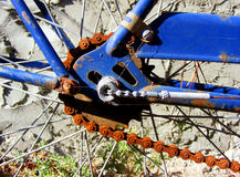 rostig cykelchairn Arkivfoton