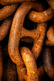 Rostig gammal chain closeup royaltyfria bilder