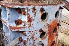 Rostig järnvridning på ett maskineri Arkivbild