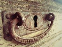 rostig keyhole arkivbild