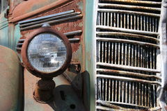 rostig lastbil Arkivfoto