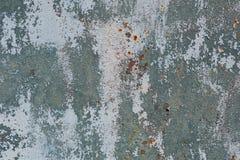 Rostig metallyttersida med blåttmålarfärg Royaltyfri Bild