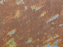 Rostige Eisenoberfläche mit Schalenfarbe stockfoto