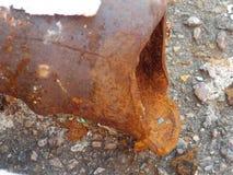 Rostige Eisenrohre stockfotografie