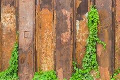 Rostige Metallwand Lizenzfreie Stockbilder