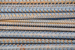 Rostige Stahlstäbe lizenzfreie stockbilder