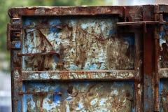 Rostiger blauer Behälter Stockbild