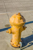 Rostiger gelber Hydrant Lizenzfreies Stockbild