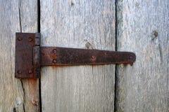 Rostigt dörrgångjärn Fotografering för Bildbyråer
