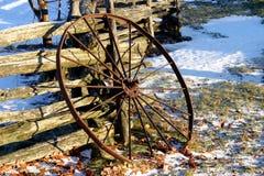 rostigt hjul Arkivbilder