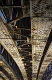 rostigt stål för bro Arkivfoton