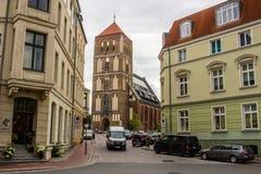 ROSTOCK, ALEMANIA - CIRCA 2016: St Nicholas Church en Rostock, Alemania, Europa imagenes de archivo