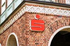 Rostock, Alemania - 22 de agosto de 2016: OSPA Sparkasse Imagenes de archivo