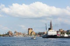 Rostock in Fluss Warnow Stockbild