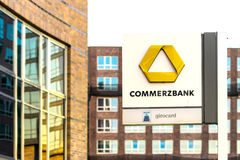 ROSTOCK, GERMANIA - 12 MAGGIO 2016: Commerzbank AG Fotografie Stock