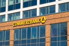 ROSTOCK, GERMANIA - 12 MAGGIO 2016: Commerzbank AG, tedesca Immagine Stock Libera da Diritti