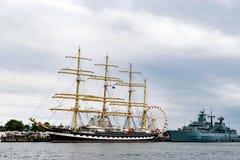 Rostock Niemcy, Sierpień, - 2016: Żeglowanie statek Krusenstern na morzu bałtyckim Obrazy Stock