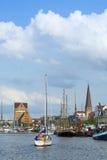 Rostock på floden Warnow Arkivfoton