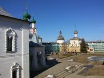 Rostov den stora Kreml i vintern, guld- cirkel, Yaroslavl region, Ryssland arkivbilder