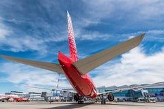 ROSTOV ON DON, РОССИЯ - 17-ОЕ ИЮНЯ 2018: Боинг 777-300ER авиакомпаний Rossiya Стоковая Фотография