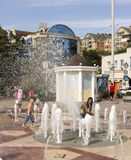 ROSTOV-ON-DON, RUSSIA-AUGUST 28 - A girl covers her ass fountain Stock Photos