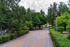 Rostov-On-Don, Russia - 25 giugno 2018: Vicolo nel parco di Gorkij Fotografie Stock Libere da Diritti