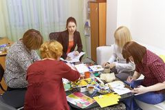 Psychology classes for a group of women using drawing techniques. Rostov-on-Don, Russia - October 1: Psychology classes for a group of women using drawing Royalty Free Stock Photography