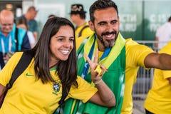ROSTOV-ON-DON RYSSLAND - JUNI 17, 2018: Grupp av brasilianska fotbollfans Royaltyfria Bilder