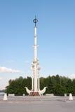 Rostral kolom op het vierkant van Admiraliteit stock fotografie