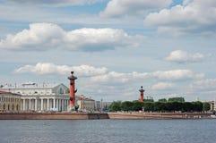 Rostral kolommen en de bouw van de Effectenbeurs Royalty-vrije Stock Foto's