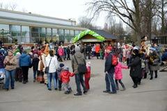 Rosyjscy ludzie świętują Maslenitsa Obraz Royalty Free