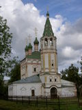 Rosyjski małomiasteczkowy kościół Obraz Royalty Free