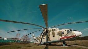 Rosyjski Militarny helikopter przy bazą zbiory wideo