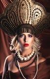 Rosyjski piękno Atrakcyjny żeński być ubranym wewnątrz obraz stock