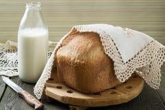 Rosyjski wholegrain pszeniczny chleb fotografia stock