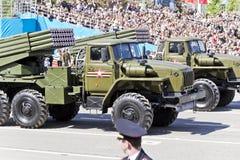 Rosyjski wojskowy odtransportowywa przy paradą na rocznym zwycięstwo dniu, Obraz Stock