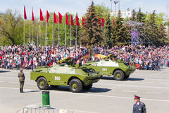Rosyjski wojskowy odtransportowywa przy paradą na rocznym zwycięstwo dniu Fotografia Stock